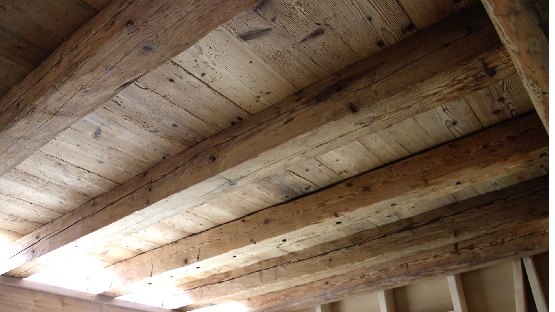 bretter f r wand und deckenverkleidung altholzcenter buchegger in thalgau bei salzburg. Black Bedroom Furniture Sets. Home Design Ideas