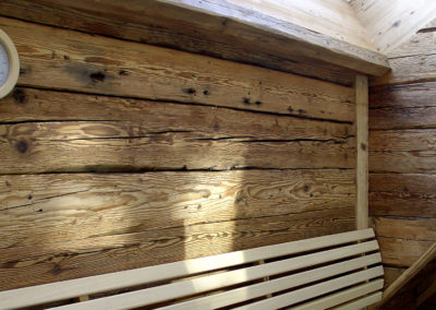 Sauna Altholz Wand